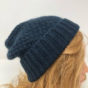 STEWART of SCOTLAND Blue Winter Knit Beanie Hat